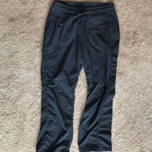 Pants - Gray athletic style pants